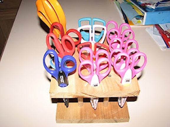 A Joy 2 Scrap scissor solution - enlarged